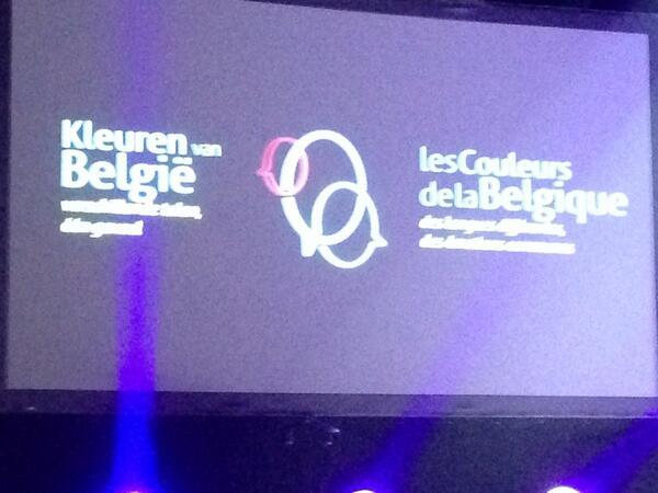 De kleuren van belgië, verschillende talen, één gevoel. Mooi initiatief van @fedactio in stadsschouwburg #Antwerpen http://t.co/A2aI2nDAcg