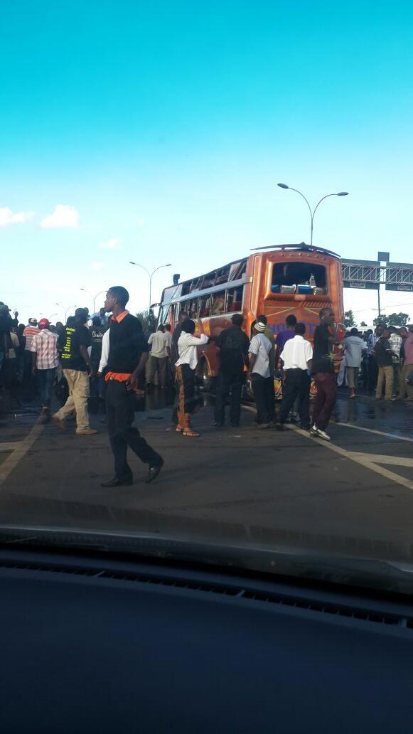 Bus blast on thika rd http://t.co/fK3DCl1FpN