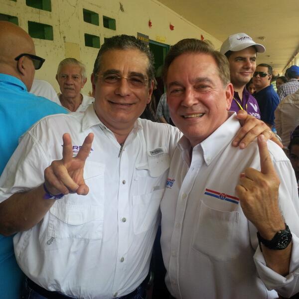 Con mi amigo @NitoCortizo . Acordamos reunirnos desde mañana para trabajar por un  mejor Panamá! http://t.co/TnmzDwtvft