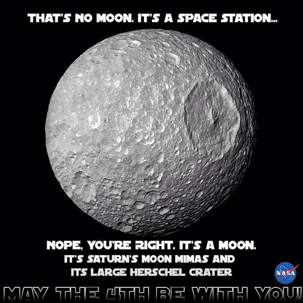 That's no moon. It's a space... errr... no... it's a moon. #MayThe4thBeWithYou http://t.co/zhDq2Ir5wd