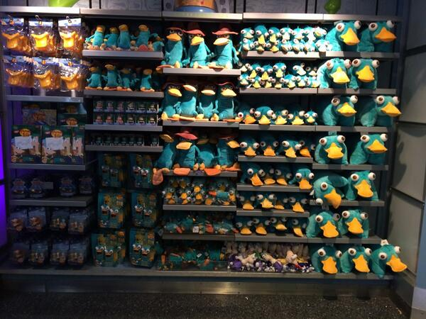 @mmonogram @DanPovenmire Have you guys seen the wall of Perry at WDW's Merchant of Venus? http://t.co/0mxFLsB6k3