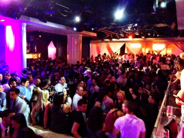 It's a packed house! We are ready for @theweeknd to take the stage at #PureNightclub. #Vegas #TheWeeknd http://t.co/rr4nHxeJR9