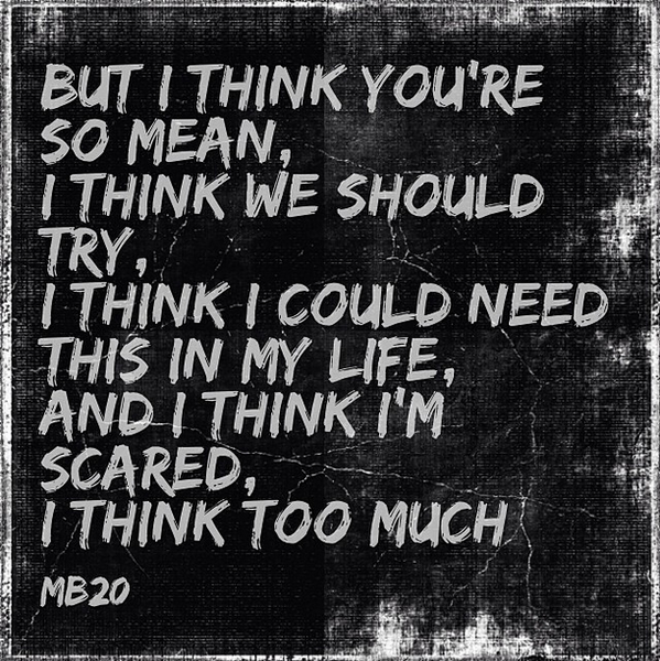 I thought this place was an empire and now I'm relaxed and I can't be sure. #MatchboxTwenty http://t.co/TzEbtuKcAU