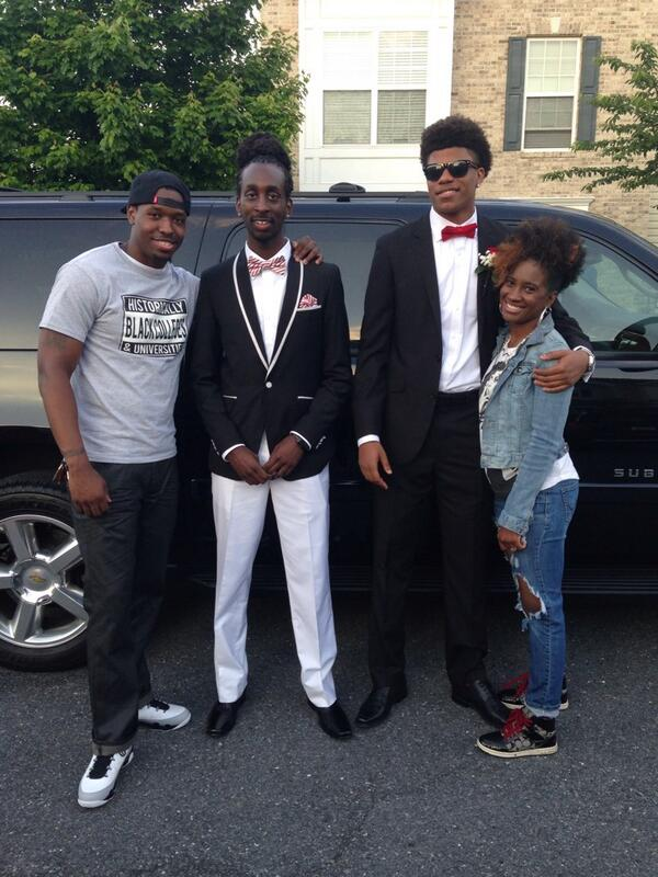 My sons did it #FLOWERSPROM2K14 http://t.co/7xIfyGb46f