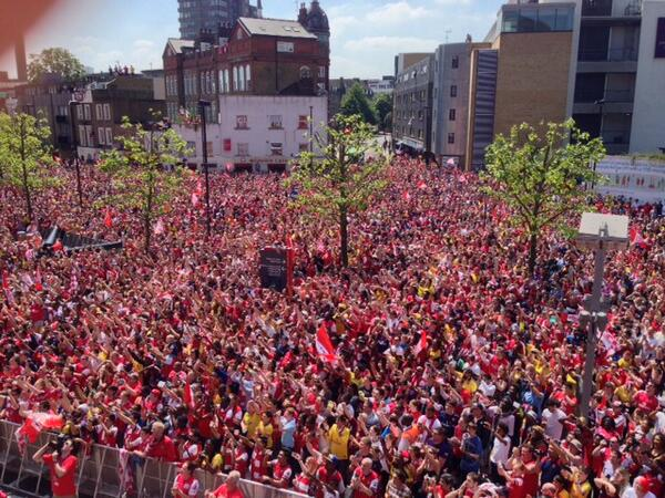 (north) London is Red! [via @Arsenal]