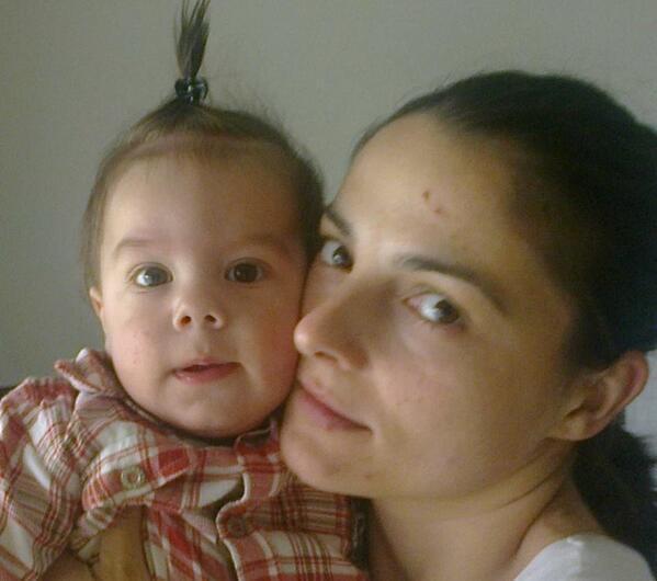 22:07 Trazi se Ines Ranković, 29 godina, Umka, ne javlja se već dva dana. #srbija #serbiafloods #poplave #poplave2014 http://t.co/ou174MGi3S