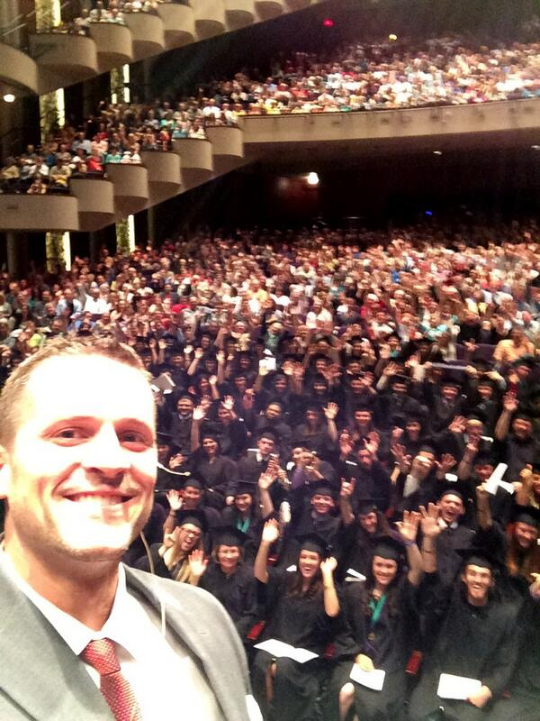 And now, the undergrads. Congrats! #selfie #USFGraduation http://t.co/5cAMolU4nr