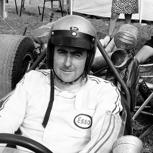 Vale Sir Jack Brabham, the boy from Hurstville who became Australia's first F1 world champion. He was 88. http://t.co/7Fm0htxUQ7