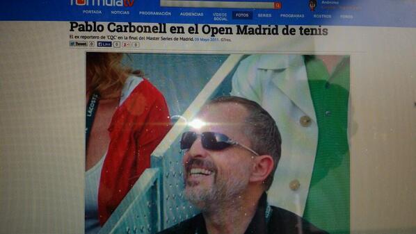Maria Arellano (@MapilinMaria): @Carbonellsg cada día que pasa te pareces más  Miguel Bosé.  Será que te miro con los mismos ojos que Fórmula TV? http://t.co/TgdpMsEF5U