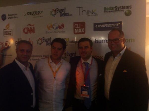El equipo #ThinkVen con @EasyTaxiVen @BumeranVE @NestorMilano @adigitales Emprendiendo e innovando! @mbarbara21 http://t.co/K6qeJBjd2I