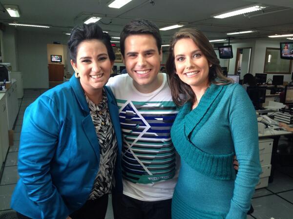 LUIZA ZANCHETTA (@LuizaZanchetta): Eles são demais! @luizbacci e @fagadelha em TV Record SP. http://t.co/GK5UGOpHac