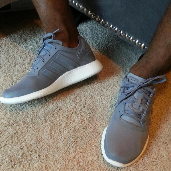 I'm loving these @adidasUS  Pure #boost! Most comfortable shoes I've worn http://t.co/i3Ubj2U7Tx