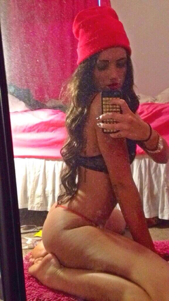 #whitegirlbootyhadmelike @_ardnek http://t.co/rkxCCAtOMa