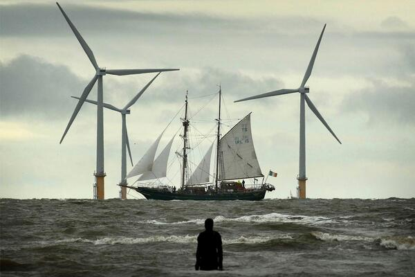 Old and new wind power. http://t.co/waObbniG2E