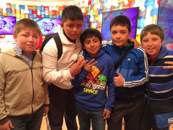 #Bienvenidos13 (@Bienvenidos13): Todos juntos por primera vez: el Tarro, sus amigos y el Zafrada, EN INSTANTES en el #Bienvenidos13! http://t.co/WGKlbD7Baa