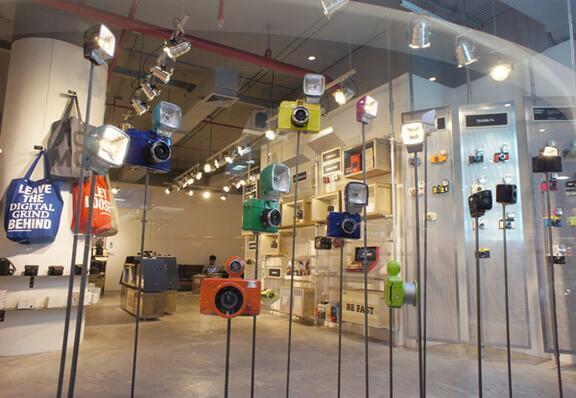 Lomography Gallery Store LA