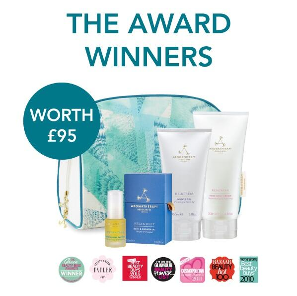 #Competition For a chance to win our NEW 'The Award-Winners' Beauty Bag, RT & follow. http://t.co/M0gfNOxvmx http://t.co/21vIPhgSbN