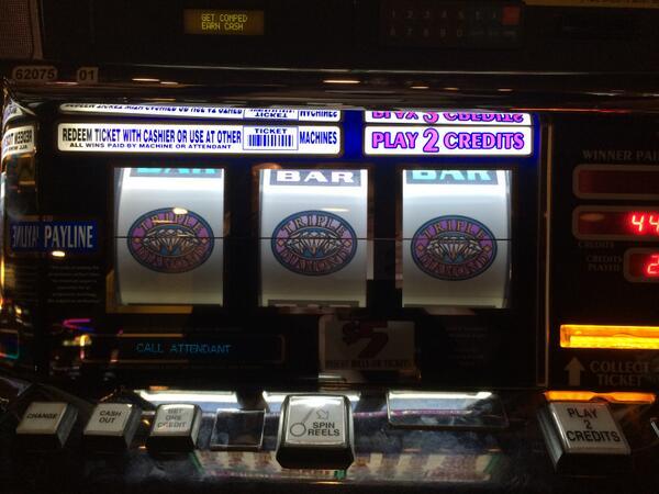 Huge CONGRATULATIONS to guest Jonathan B. from CA for hitting a $1.4 million dollar jackpot! #Jackpot #Vegas http://t.co/2qgMyXHIYG