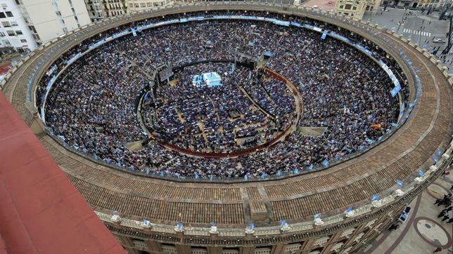 De la Plaza de Toros al Ágora: el PPCV baja más de la mitad sus pretensiones http://t.co/urs7flljJ8 http://t.co/sm8FEEa5dY