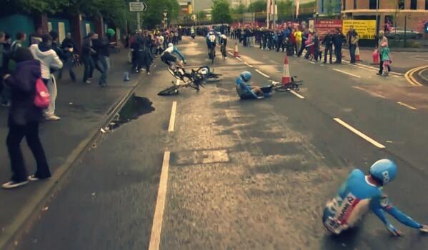 Dramatic shot of the Garmin-Sharp TTT crash via @inCycleTV http://t.co/XdsWKmvmEW