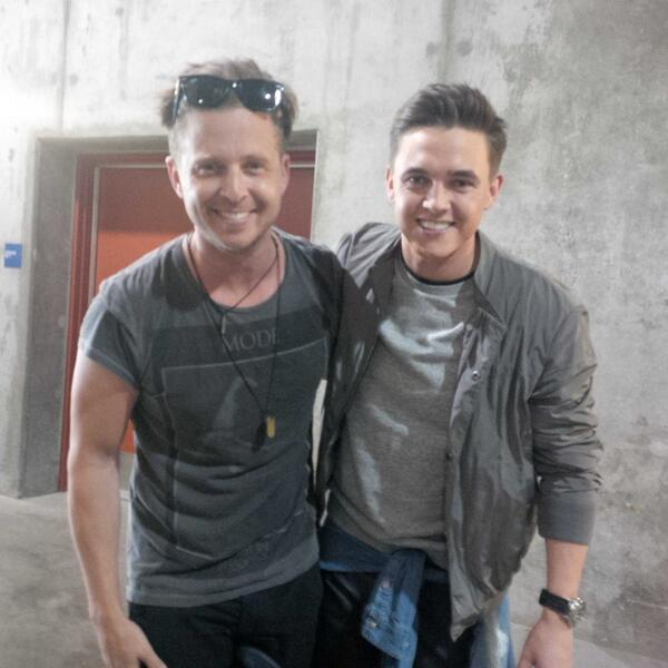 Here's the boys of @wangotango and #BleedingLove @jessemccartney and @ryantedder http://t.co/sCZ9a149wK