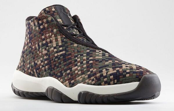 "Jordan Future Premium ""Dark Army"" official pics from Nike. May 17th. $185. http://t.co/fcuzu7yOJl"