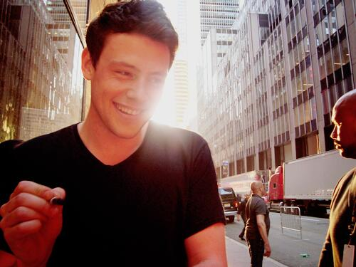 a big happy 32nd birthday to our Cory who was taken far too soon. we love you so much  #HappyBirthdayCoryMonteith http://t.co/L4M5tLXgIF
