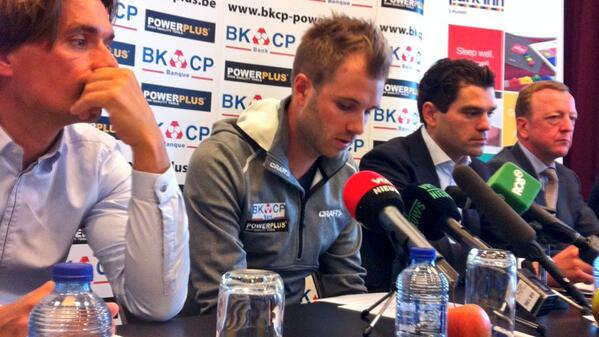 Breakong News: Multiple #CX world champ @Niels_Albert announces forced retirement due to heart problems http://t.co/YBBcHMi91R