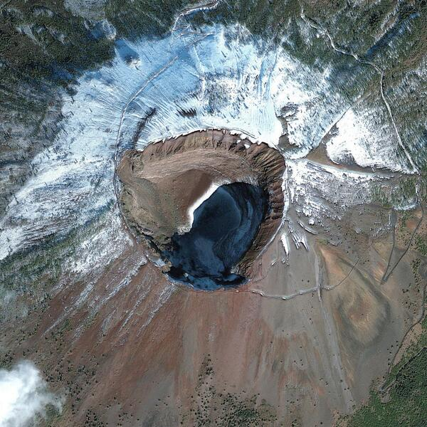 Top Satellite Image of 2013 – And the Winner is… Mount Vesuvius! http://t.co/9oXQn3WsXJ http://t.co/amG1UhEwV5