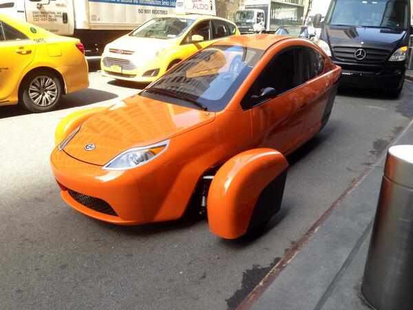 Shooting some video this morning with @ElioMotors prototype car http://t.co/Ve52jrgEjq