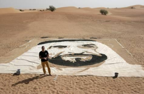 Canadian artist honours Shaikh Zayed through large sand #portrait http://t.co/1mzpYp5SYU http://t.co/Hfun0CK6ts