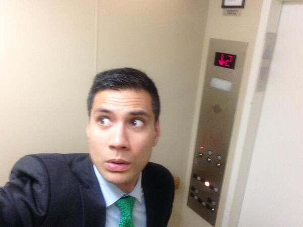 Reggie Aqui (@reggieaqui): How every elevator ride will be until I know for sure where #Solange is. http://t.co/ovvdWeuWpx