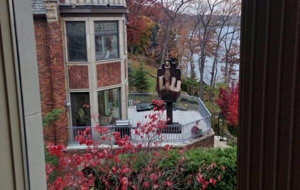 In 2013, man bought a house next to his ex-wife just to install a giant middle finger statue for her to see every day http://t.co/yciKuXqRDa