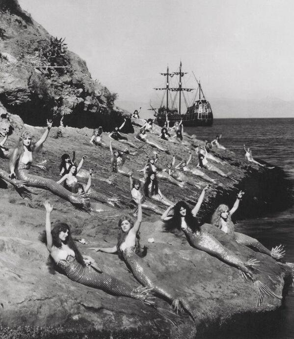 Actresses playing mermaids lounge during the filming of Peter Pan. 1924. http://t.co/sZ5ugoHU8J