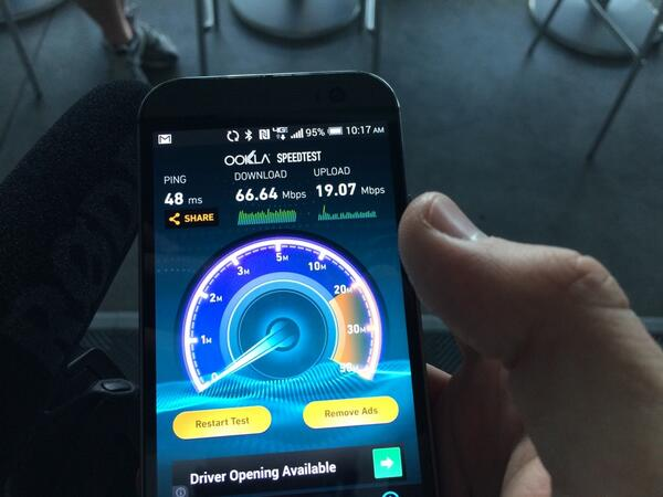 Whoa. Verizon is fast at the #INDYCAR14 #VerizonIndyCar http://t.co/Kl1JGlM20Q