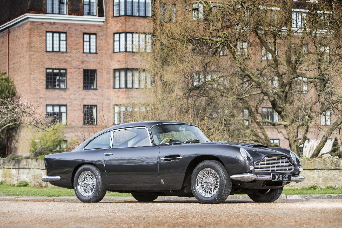 RT @bonhams1793: The #AstonMartin Works Sale this Sat. 17/5/14 at Newport Pagnell, Aston Martin Works Service begins at 10:30 BST #DB5 http://t.co/h6fHrSZarM