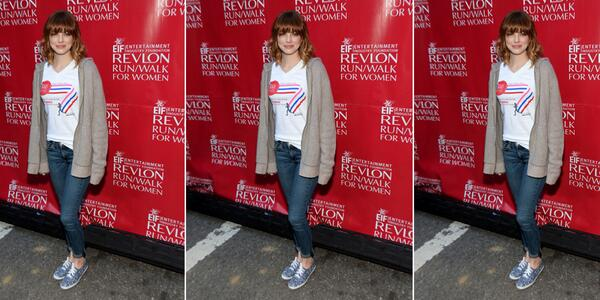 emma stone cute as a button in @comptoir_paris x @keds at the 2014 EIF revlon run/walk for women in nyc. http://t.co/stB8K7BlkN