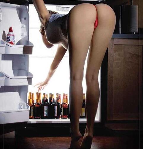 #_SexyBeautifuL1 (@_SexyBeautifuL1): #Beer Anyone? #SexiestDaily #AssTopTen http://t.co/VLFSdXwPfX
