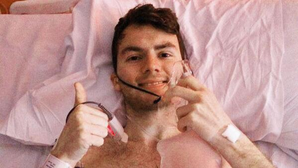 #RIP RT @mashable Stephen Sutton, a cancer victim who raised millions for charity, dies at 19. http://t.co/GEwlDZLFmq http://t.co/1yPkpZA8HB