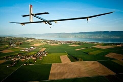 How do you build a solar-powered plane? #asktheengineers from @solarimpulse in our latest Q&A http://t.co/tLTymTaC1v http://t.co/WF7wdqm0h8