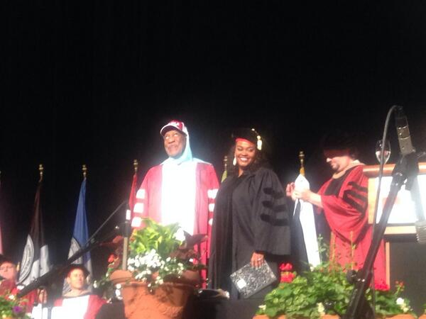 Congrats @missjillscott! Jilly from Philly just got her doctorate from @TempleUniv. And S/O to TU alum Bill Cosby! http://t.co/Msy6VdncuB