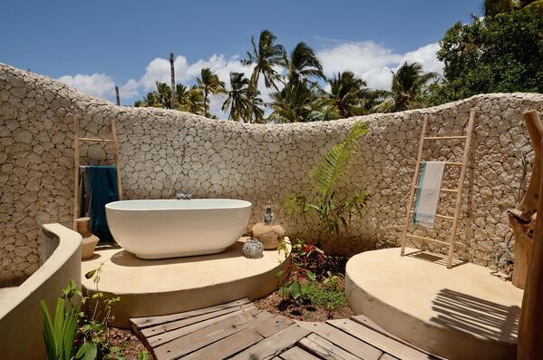 How to zing it in #Zanzibar-in today's enews http://t.co/dhDZ0sCdeM #travel #ttot #tni #tt #africa #luxury #trip #rtw http://t.co/ZzFQjHzvnF