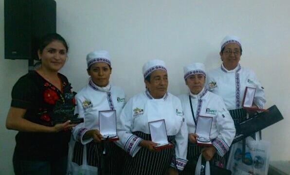 ICAPET Oaxaca (@ICAPETOaxaca): Oaxaca obtiene el 1er Lugar en Cocina de Rescate en el Concurso Nacional de Gastronomía @GobOax @GabinoCue @gc_ivonne http://t.co/yxBc2rCScE