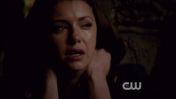 @ninadobrev BEST ACTRESS EVER seriously she knocked it out tonight. TEARS over & over again. http://t.co/vTTfKUn381