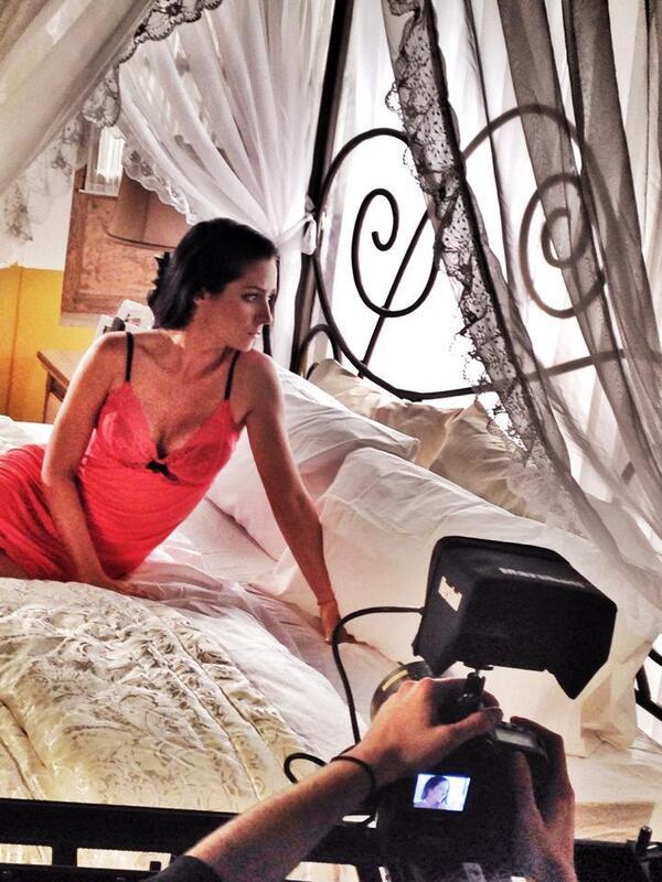 Detrás de cámaras Entrada de @lamalqueridatv #CreamosHistorias @AriDiazz http://t.co/8q8SroT4oC