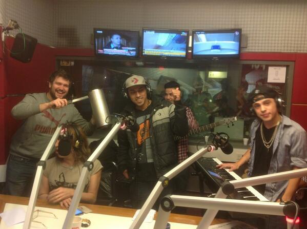 Diego Brancatelli (@diegobranca): El debut de @nachobulian en #SonidoAFTER !!! http://t.co/KAgfwMv9we