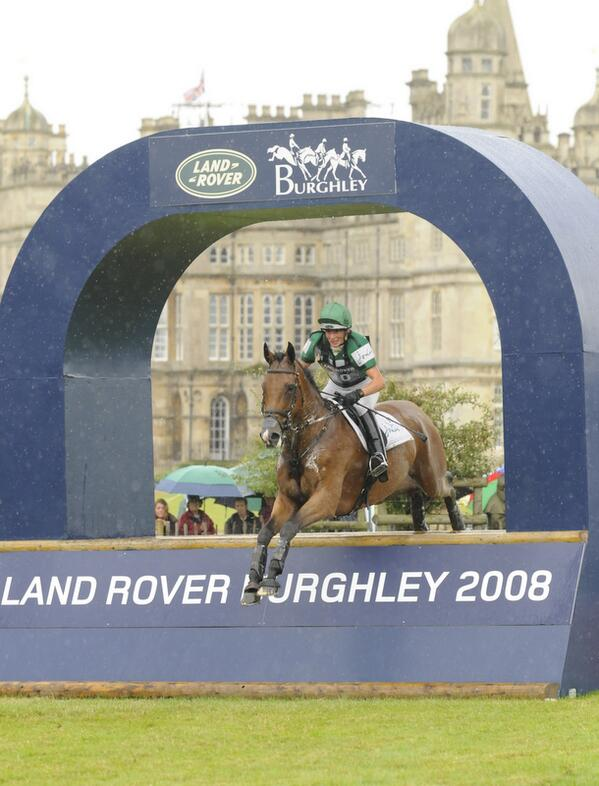 We wish Mary King's ride, Imperial Cavalier (Archie), a very happy retirement.   #LRBHT http://t.co/kNhAVteFiE