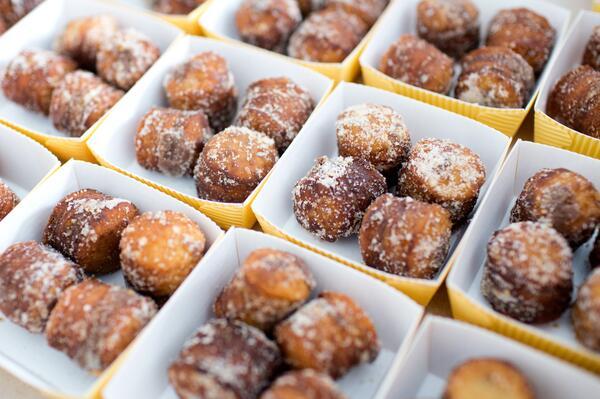 Three words: Free. Nutella. Cronuts. http://t.co/BD7WUYpTkU http://t.co/4PuMQ8Tdks