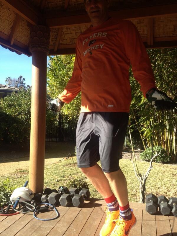 @DBoNation I started @David_Boreanaz with a BDay workout to fuel the Bones lol #HappyBirthdayDavidBoreanaz http://t.co/DukHyIJDgA