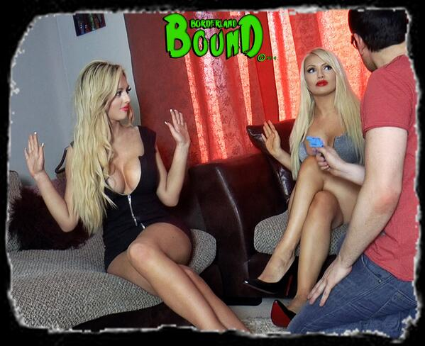 BorderlandBound (@Borderland7): Insanely hot #busty blonde secret agents @deliarosee1 @ElectraPlayboy are taken captive. Coming TONIGHT @clips4sale ! http://t.co/E9rfQ87dPW